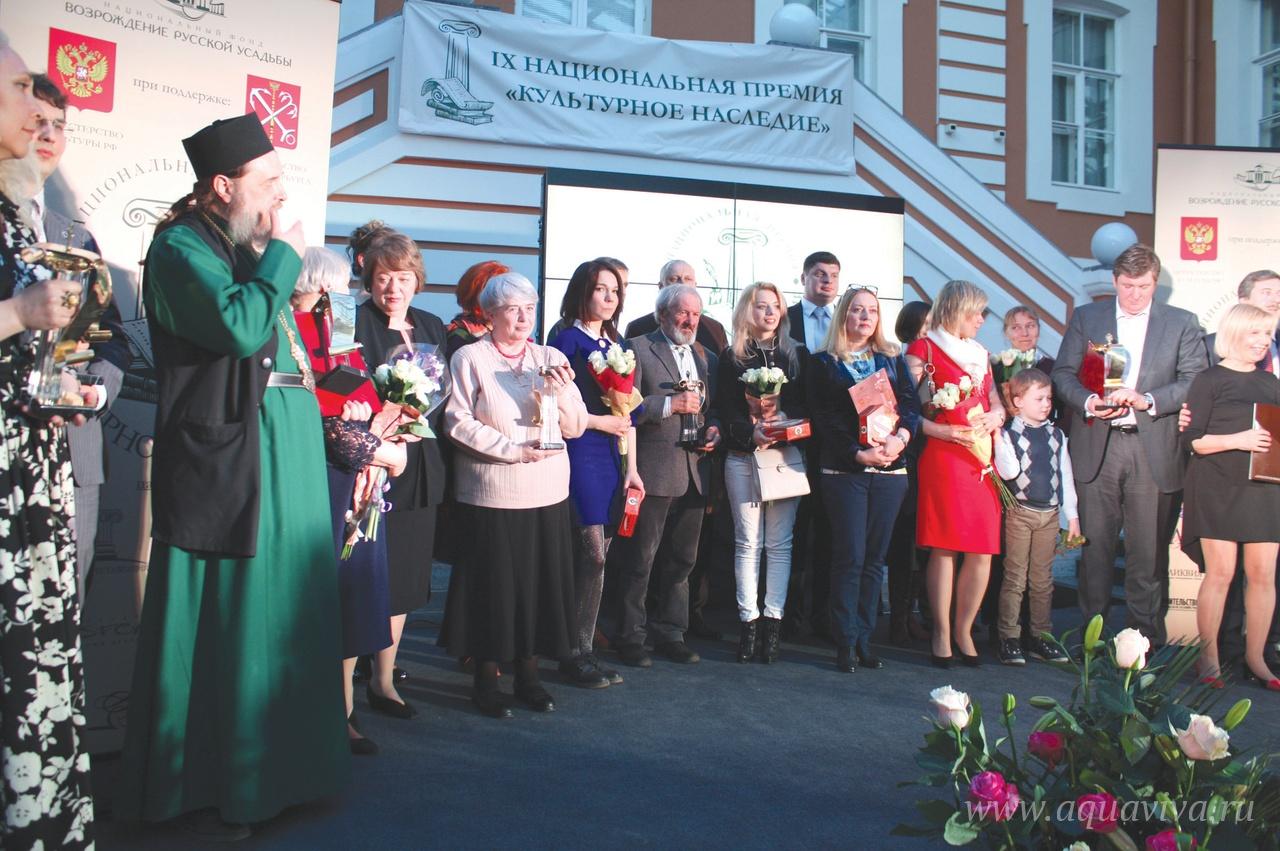 На экскурсии в Суйде с А.А. Семочкиным. 2016 год