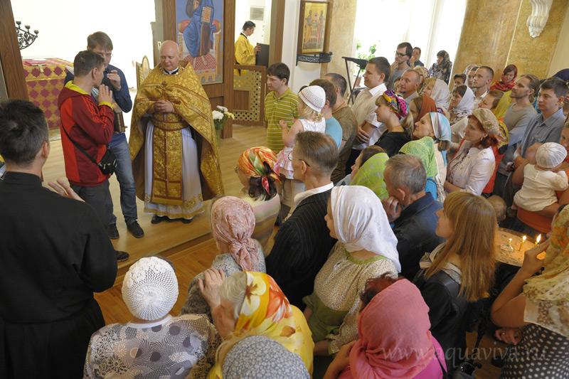 Богослужения в храме при РГПУ им. А.И. Герцена собирают далеко не только студентов