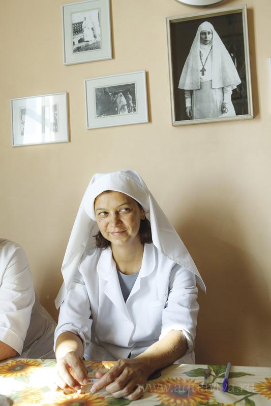 Елена Пухаева, сестра в богодельне