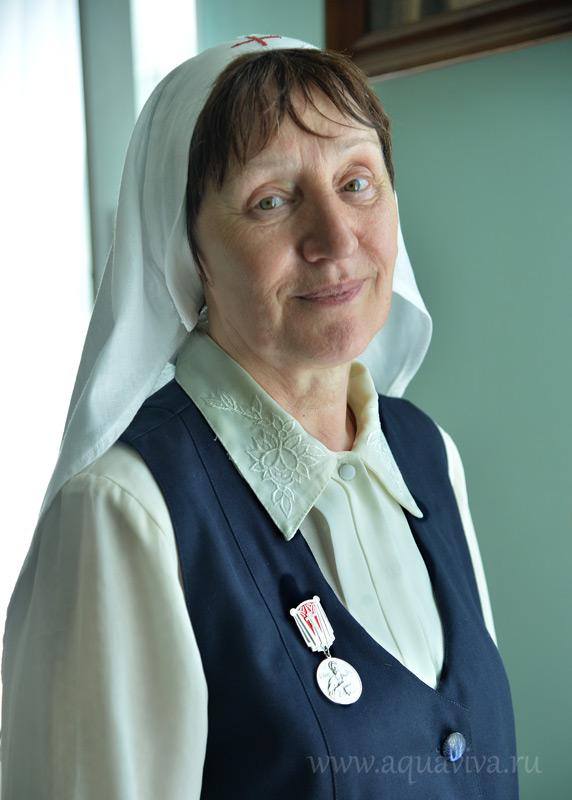 Старшая сестра Ирина Кабакова