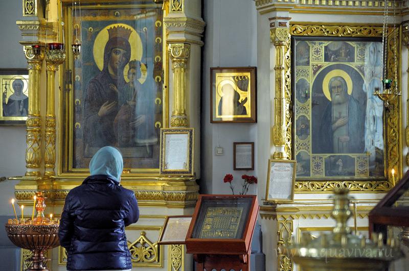 В Князь-Владимирском соборе хранится частица мощей святого князя Владимира...