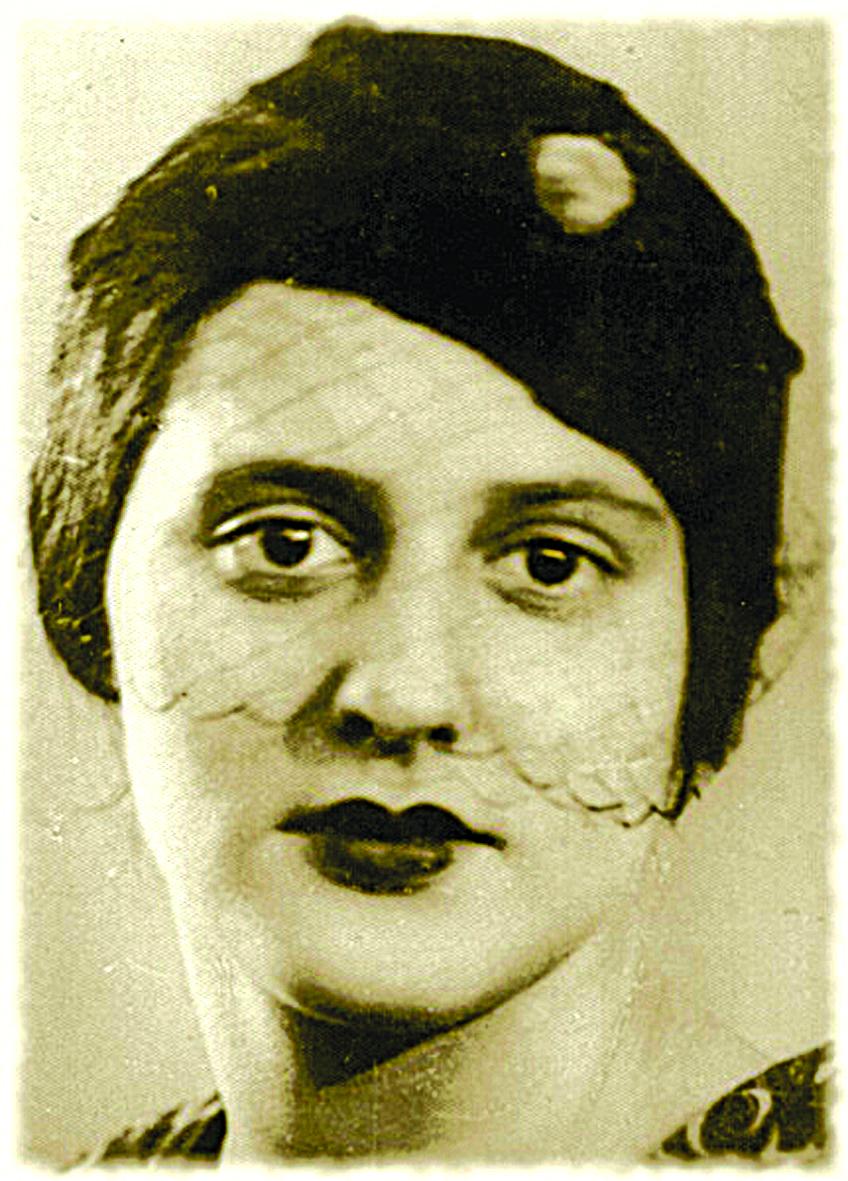 Маргарита Николаевна, мама Ольги Даниловны Набоко и внучка преподобного Серафима, слыла очень красивой женщиной