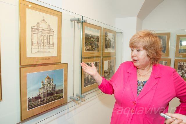 Наталья Давыдова рассказывает об истории Екатерининского собора