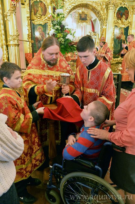 Детская миссия в гостях у собора Владимирской Иконы Божией Матери на Владимирской площади
