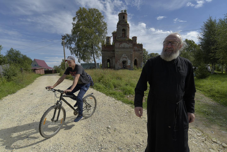 Диакон Владимир Казанский служит в Колчаново уже почти 10 лет