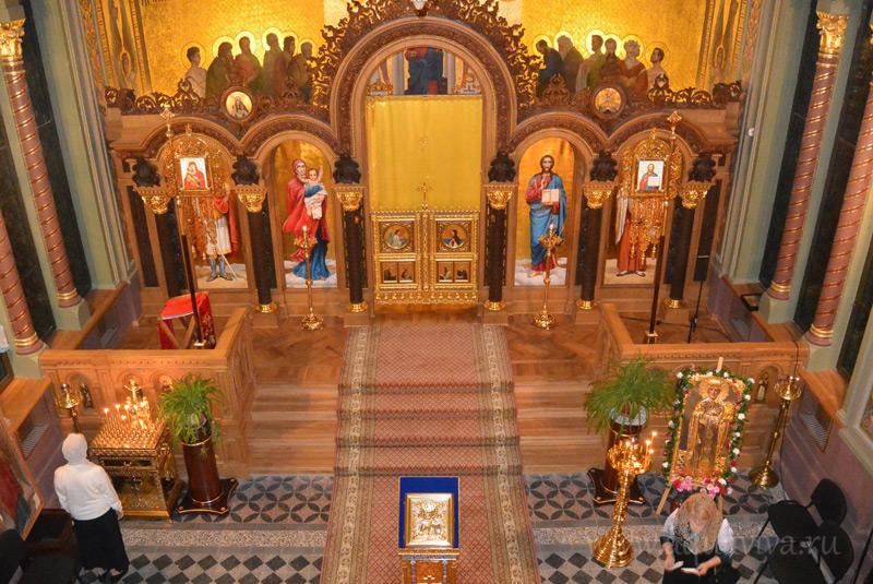 Храм Николая Чудотворца в Доме ветеранов сцены