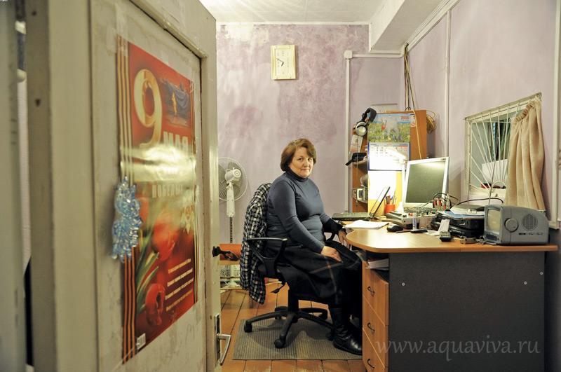 Директор ДК Татьяна Иванова сама участвует во всех приходских спектаклях: играет, шьет наряды, помогает мастерить кукол
