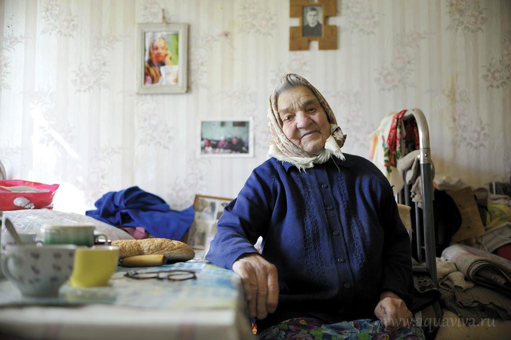 Мария Федоровна ни на что не жалуется, напротив — благодарит всех и за все. А сама она трудилась для других и для страны всю свою жизнь