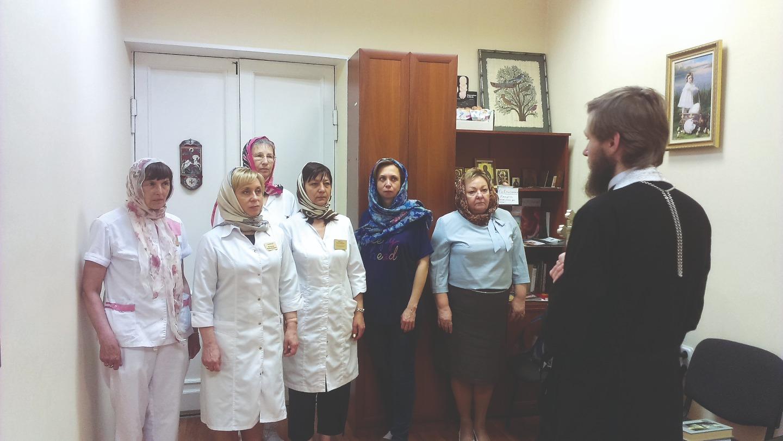 Работу в центре «Ювента» удалось выстроить так, что первичную консультацию проводят врачи, выступающие в защиту жизни