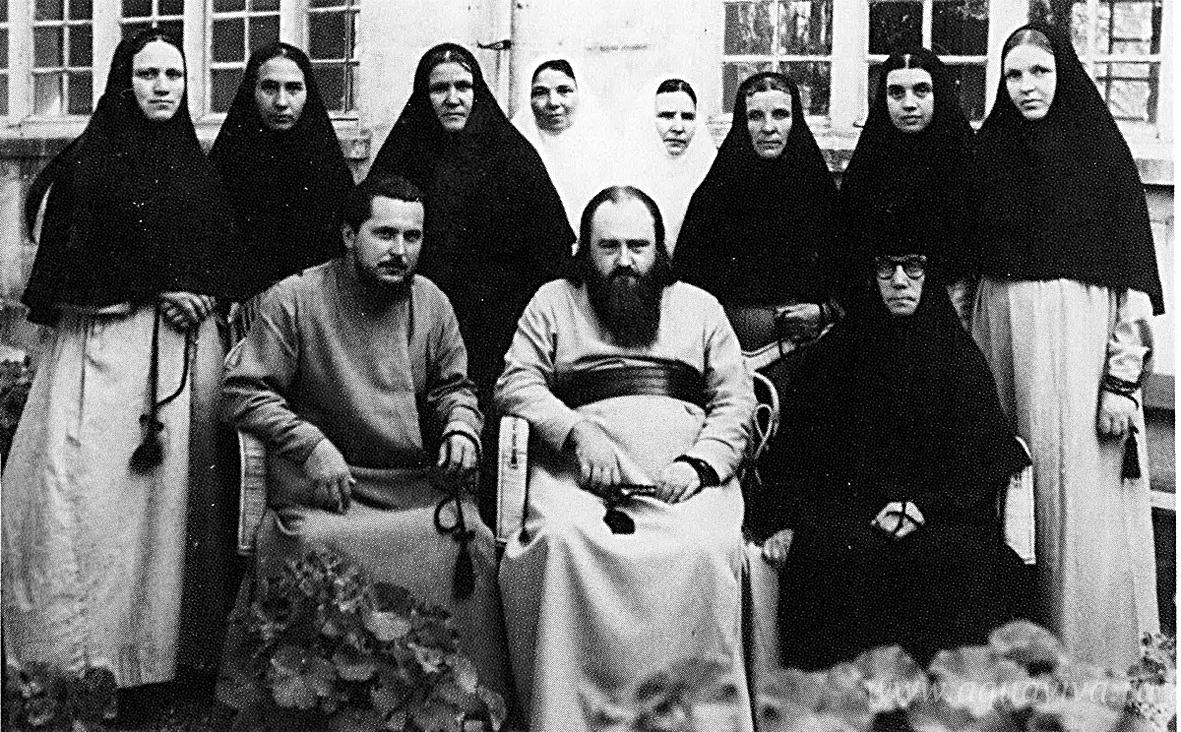 Отец Никодим с сестрами Горненского монастыря в Иерусалиме. 1956–1959 годы