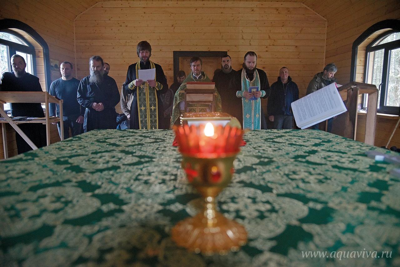 Литургия в храме преподобного Моисея Мурина совершается каждый четверг