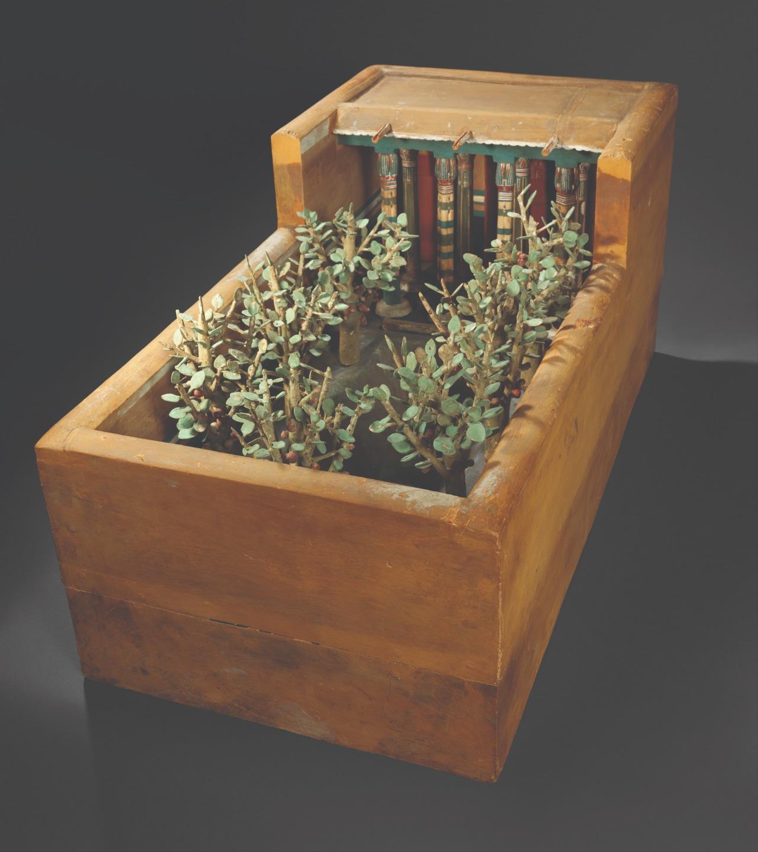 Модель сада из погребения, изготовленная из окрашенного и обработанного дерева. Фивы. XI династия. 2009-1998 годы до Р. Х.