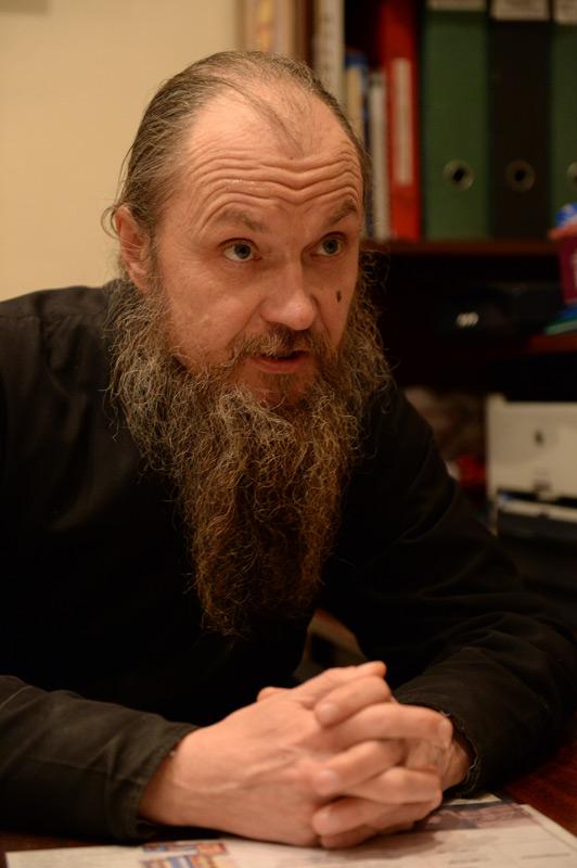 Александр Васильевич Смирнов, прихожанин, алтарник
