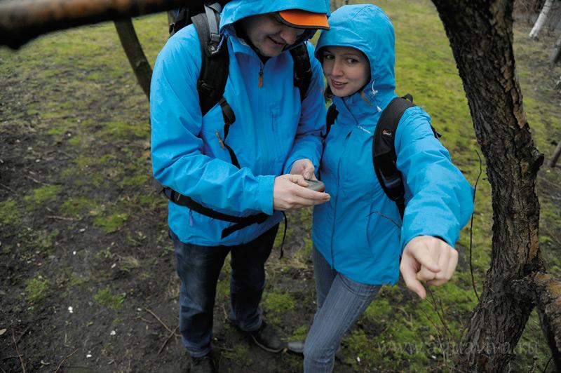 Этой семье преодолеть пешком двадцать километров - вполне по силам