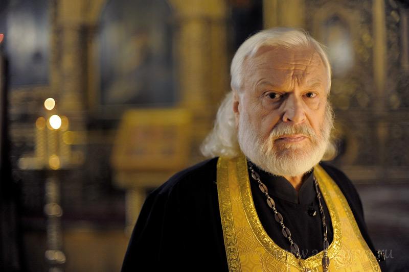 Ответственный за строительство храма святой Ксении Петербургской протоиерей Константин Гультяев