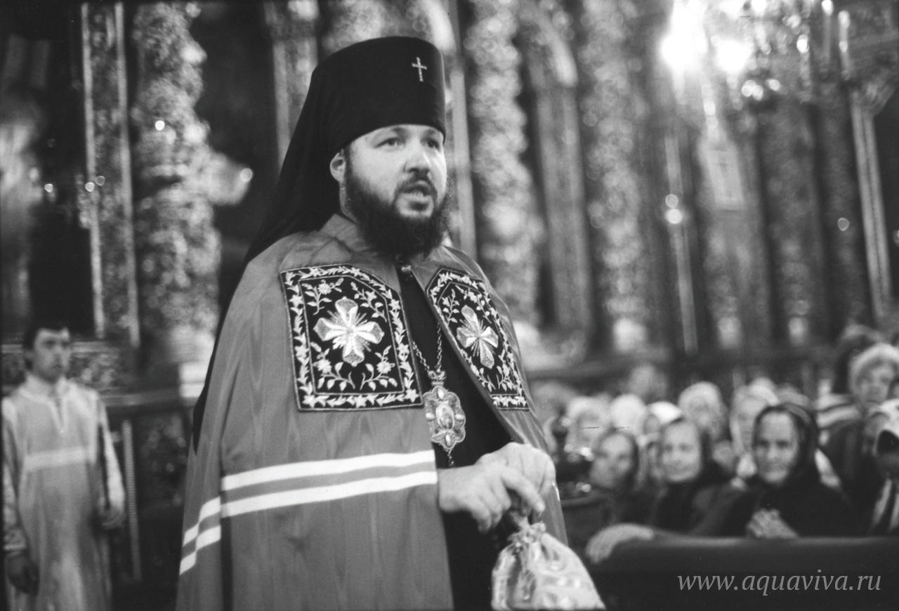 Проповедь архиепископа Кирилла в Смоленском кафедральном соборе. 1980-е годы