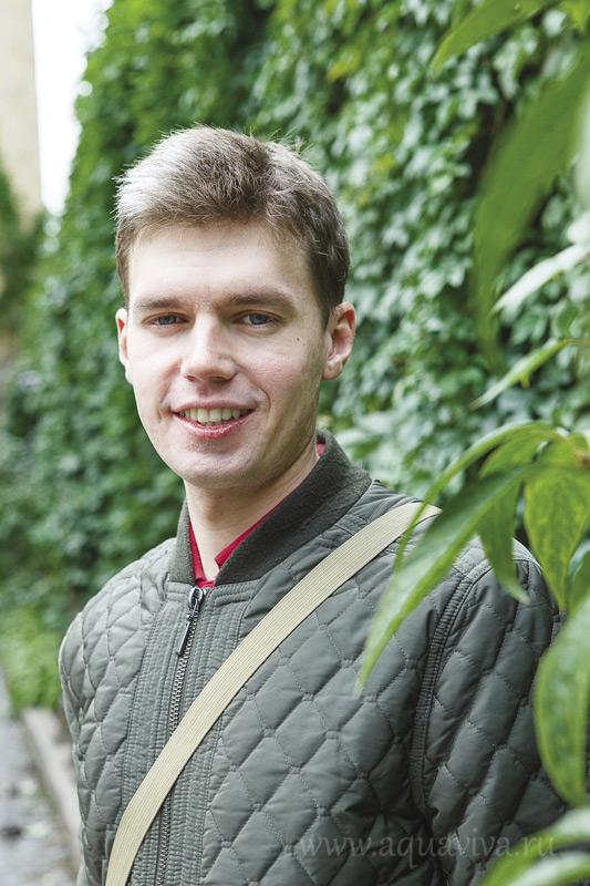 Евгений Залазаев — участник молодежного клуба