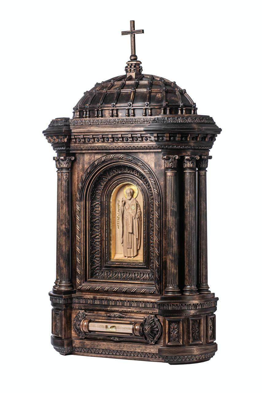 Святой Венедикт. Настенный киот-реликварий