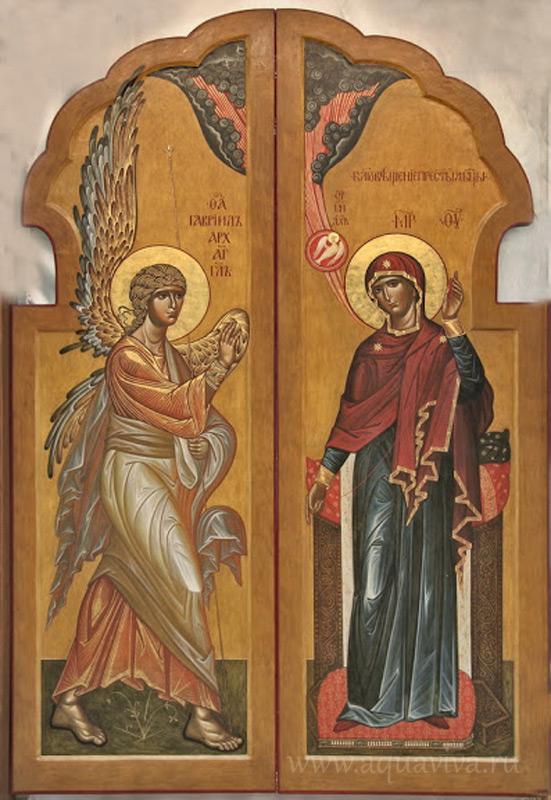 Икона Благовещения на Царских вратах храма-часовни Новомучеников и исповедников Российских на Миргородской улице