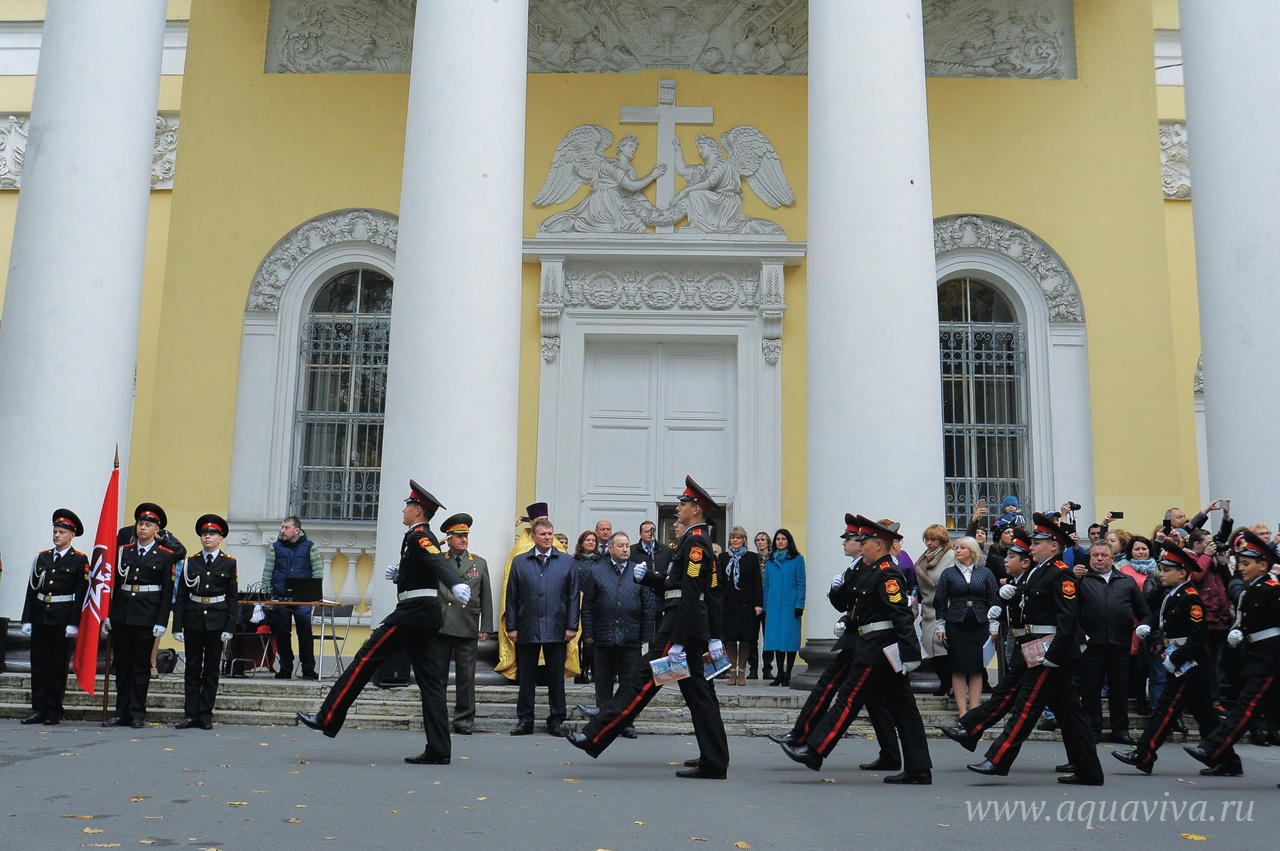 Традиционно в соборе проходит посвящение в кадеты учащихся кадетских классов школы № 145 Калининского района