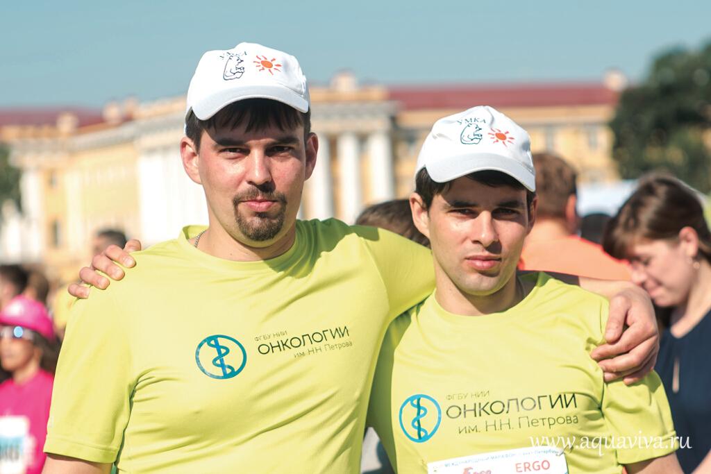 Диакон Алексий Иванов и его брат Александр говорят, что главное в марафоне — это мотивация. Желание помочь больным детям дает сил на долгие тренировки