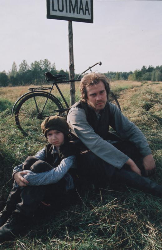 """Кадр из фильма """"Придел ангела"""""""