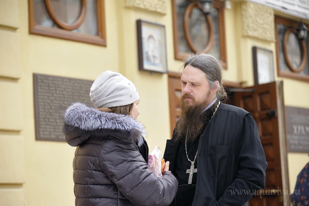 Настоятель иерей Даниил Василевский стремится, чтобы каждый человек находил в храме поддержку и утешение