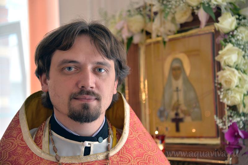 Иерей Алексий Лебедев пятнадцать лет работает врачом в хосписе