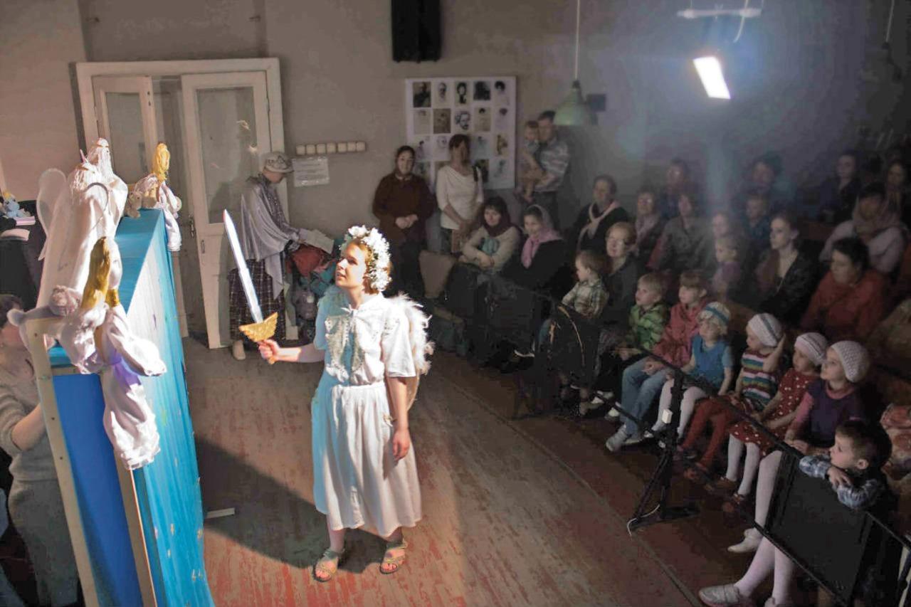 Спектакли, поставленные воскресными школами храма святой великомученицы Екатерины в Академии художеств