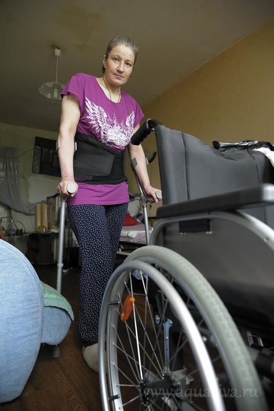 Наталья проявляет большое мужество, чтобы встать на ноги