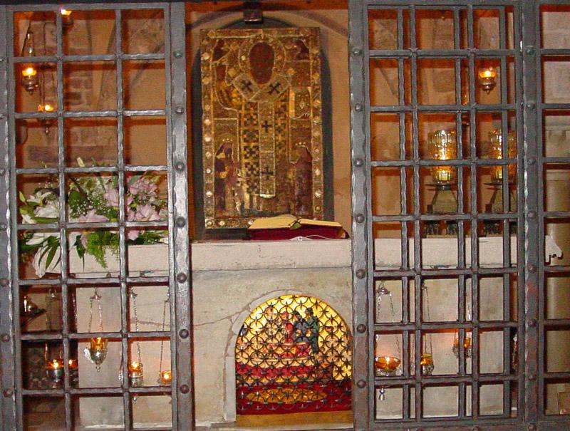 Гробница Николая Чудотворца в Бари