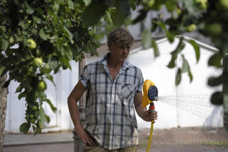 Александр Григорьевич, садовник