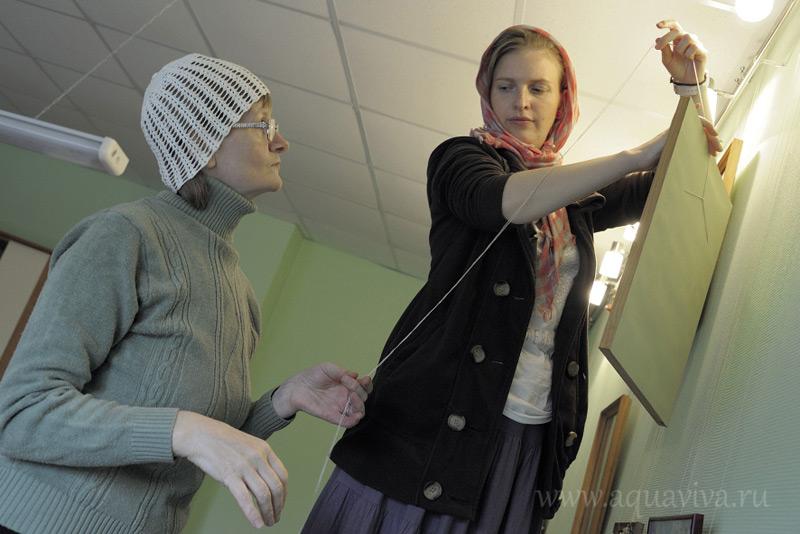 Несмотря на добровольное начало, в монастырских мастерских трудятся настоящие профессионалы