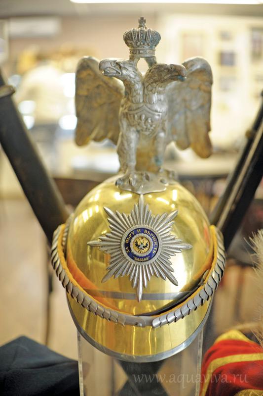 Кираса парадной униформы офицера Лейб-Гвардии Кавалергардского полка. Конец XIX — начало XX века
