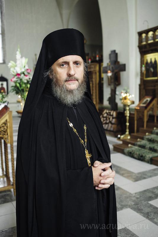 Начальник подворья игумен Петр (Романов)