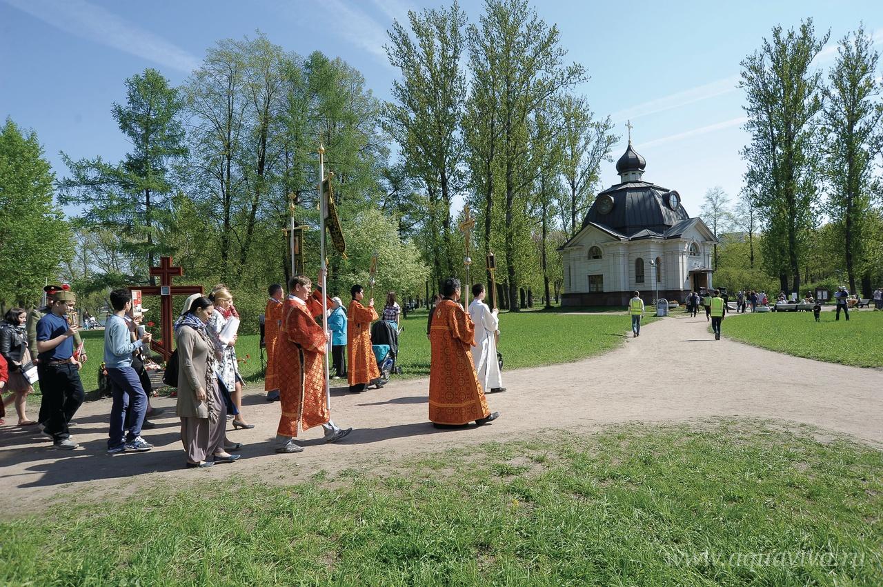 Крестный ход на 9 Мая быстро стал традицией в общине