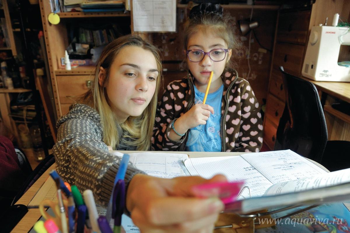 В подготовке домашнего задания детям нужна помощь волонтеров