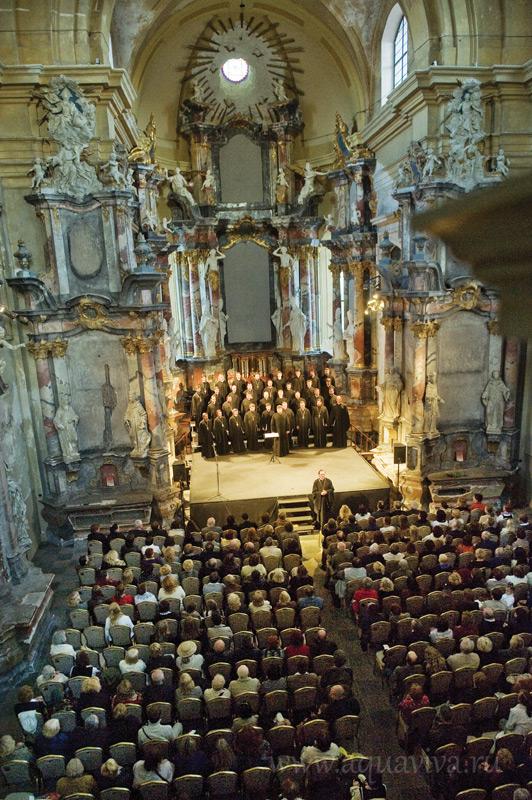 Выступление на хоровом фестивале в Литве. 2012 год