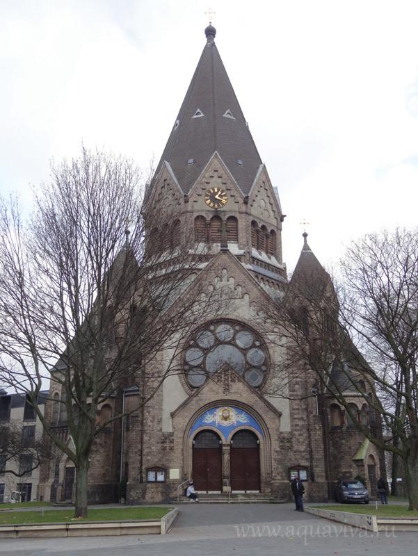 Храм святого праведного Иоанна Кронштадтского в Гамбурге