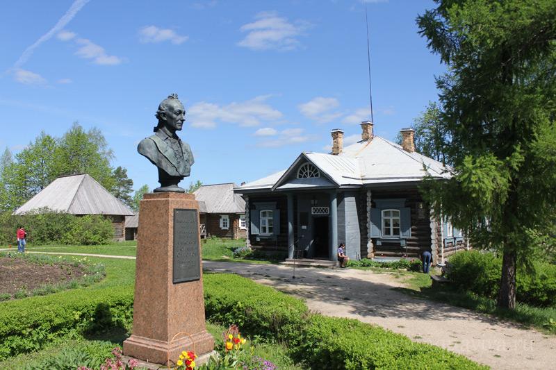 Музей-усадьба «Кончанское-Суворовское»