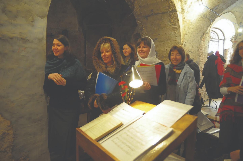 Певчие на Литургии. Феодоровский собор. 28 марта 2010 года
