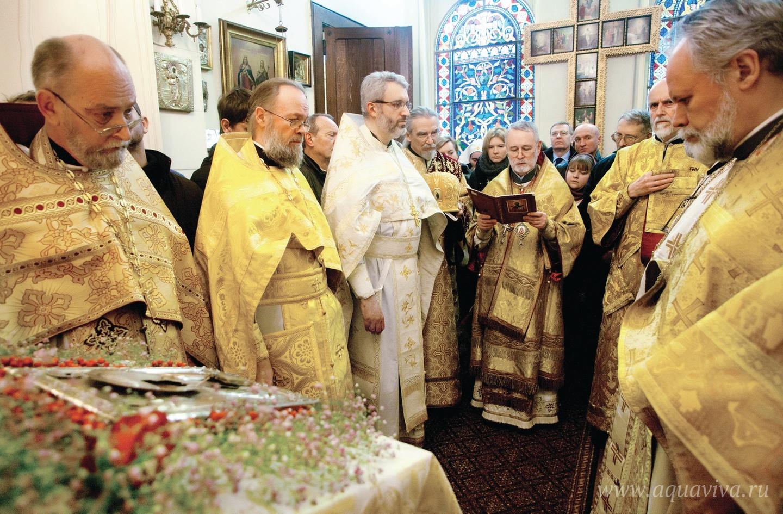 Свято-Никольский кафедральный храм в Брюсселе — первая православная церковь Бельгии — был устроен в 1862 году