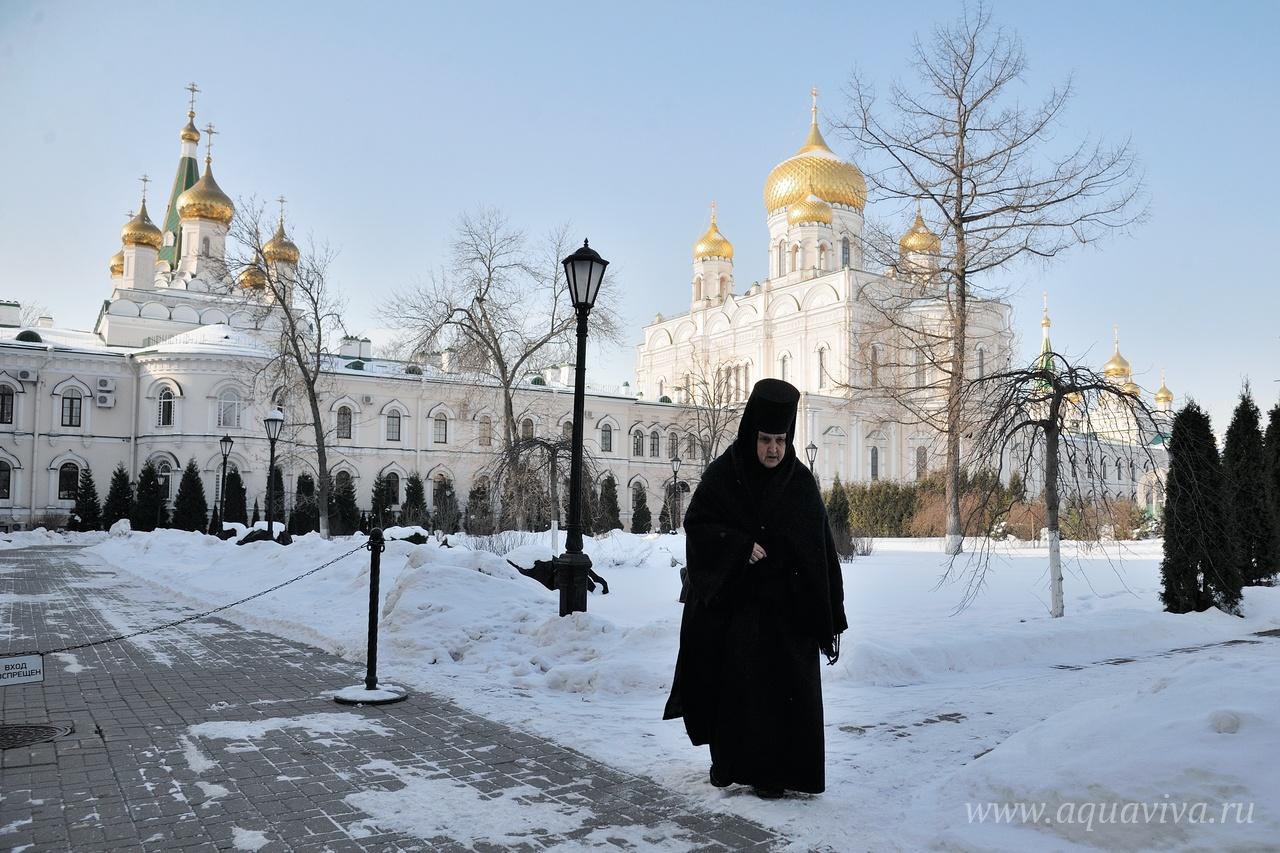 Главный храм обители, Воскресенский собор, сейчас реставрируется